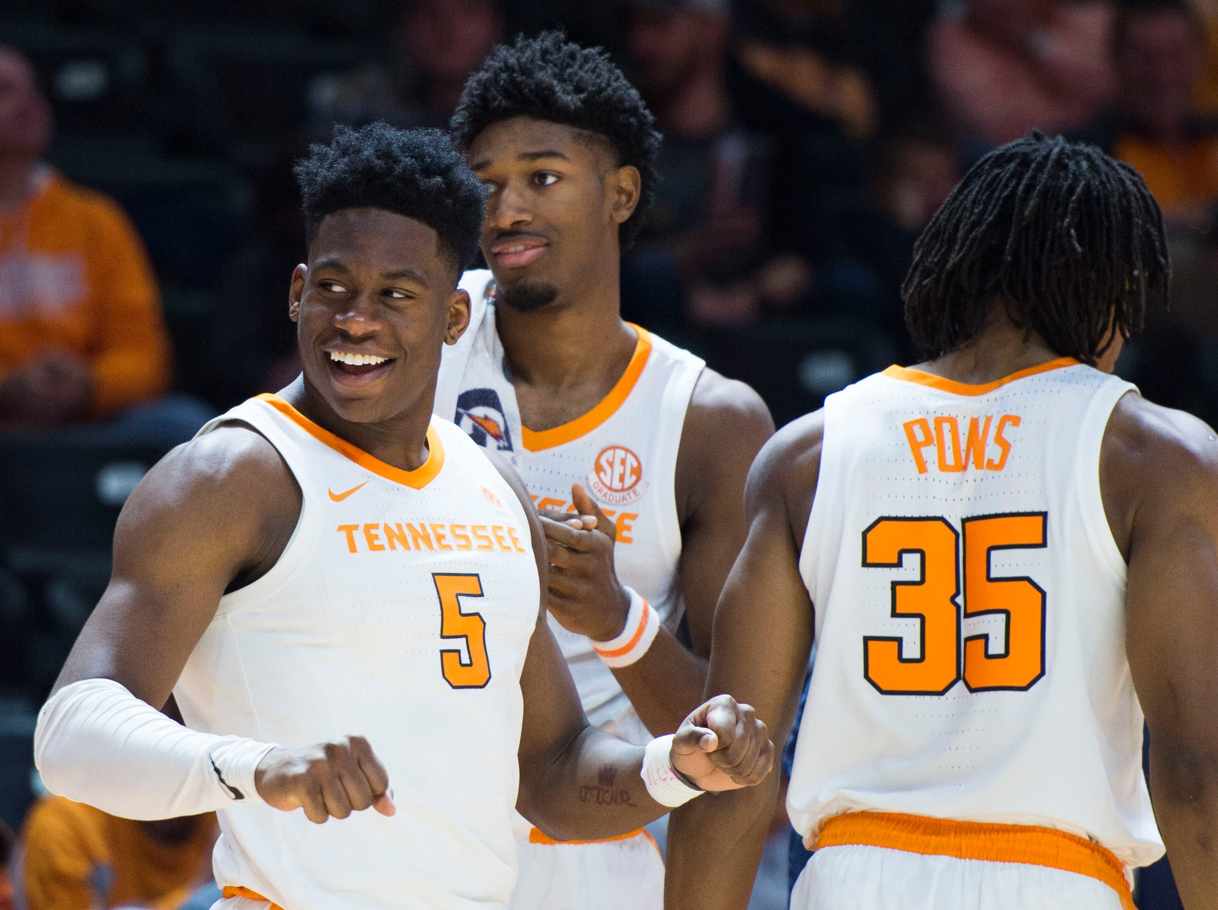 Tennessee's Admiral Schofield (5) and teammates celebrate a basket during the second half of a NCAA men's basketball game between Tennessee and Eastern Kentucky University at Thompson-Boling Arena Wednesday, Nov. 28, 2018. Tennessee defeated EKU 95-67.