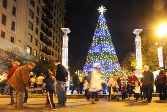 1128 Kclo Christmas28 09 Al
