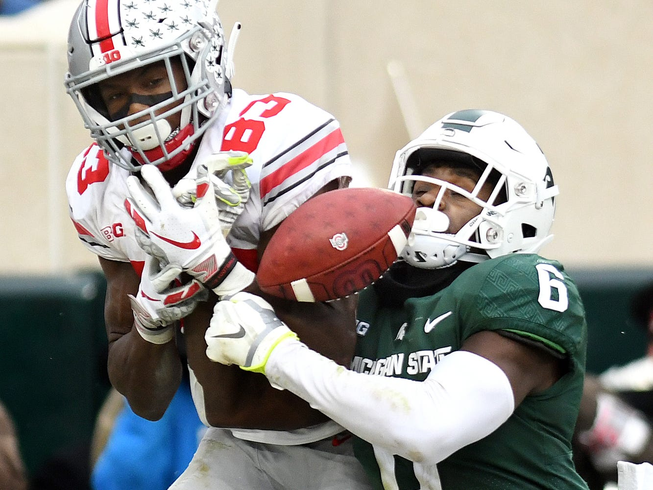 Michigan State's David Dowell, right, breaks up a pass intended for Ohio State's Terry McLaurin during the fourth quarter on Saturday, Nov. 10, 2018, in East Lansing.