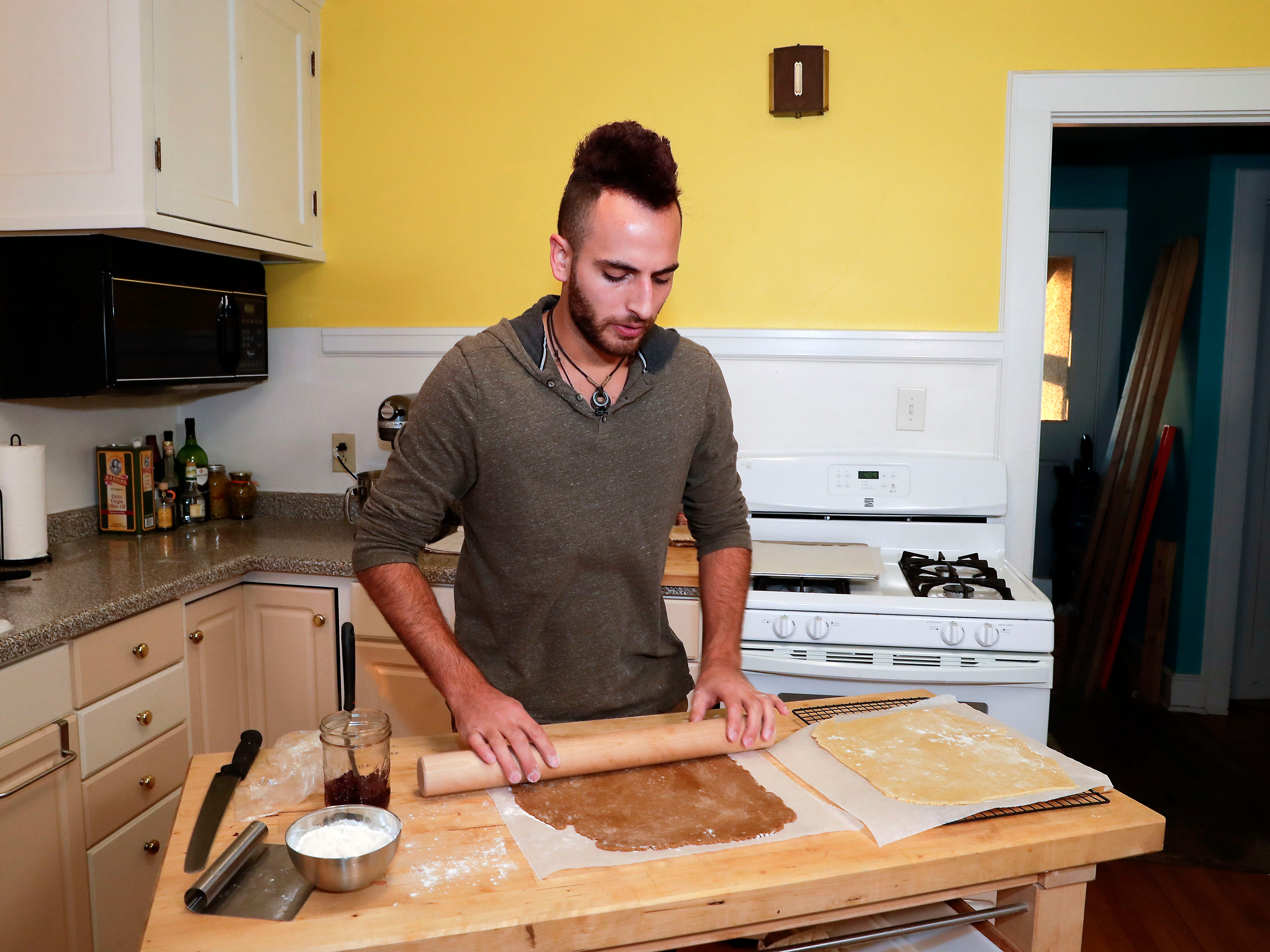 Mike Berhinger prefers a rolling pin without handles.