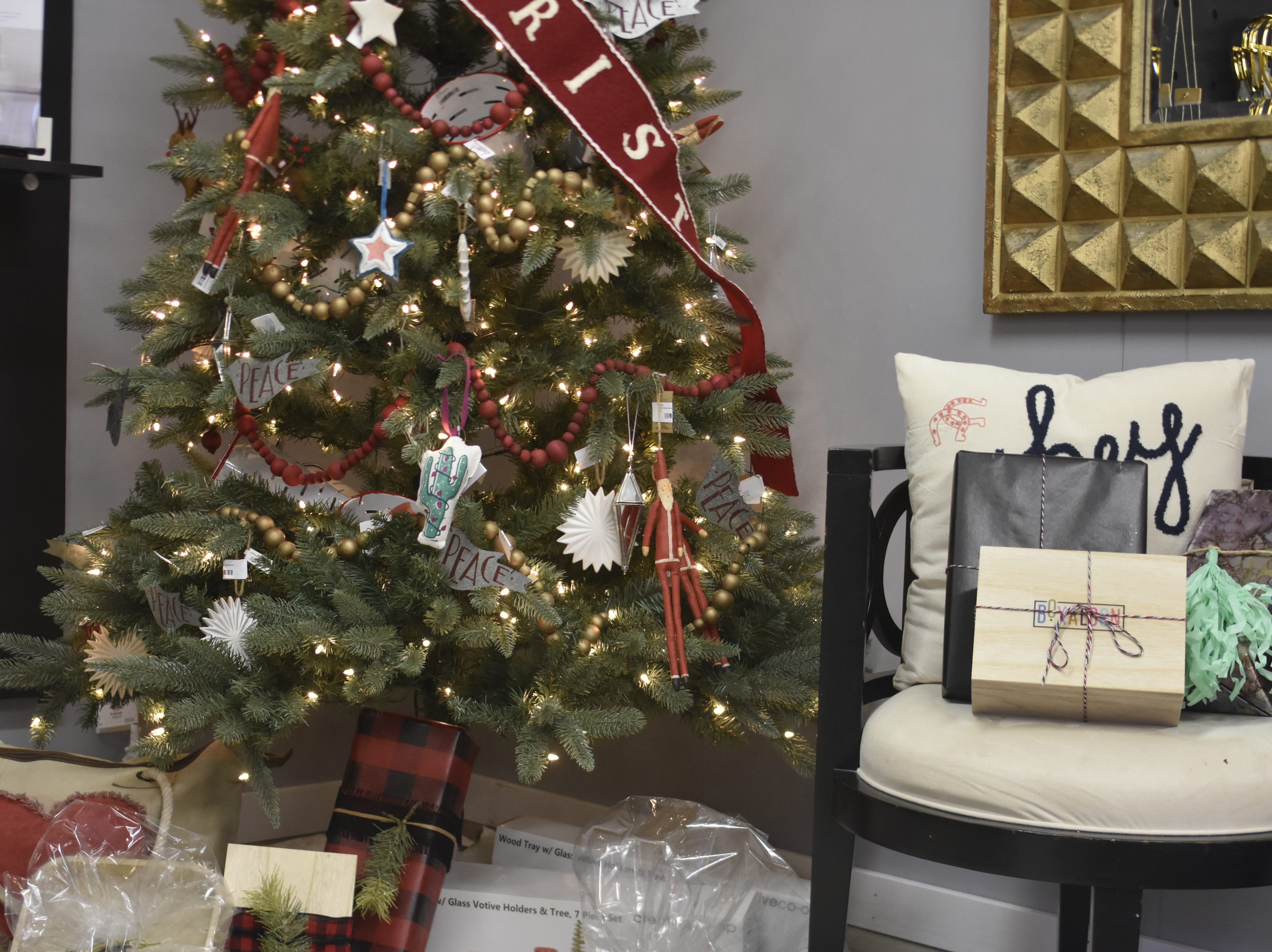 Boxaloon is open from 10 a.m. to 5 p.m. from Monday through Saturday. Find the gift boutique at 606 N. Main St., or on Facebook and Instagram @Boxaloon.