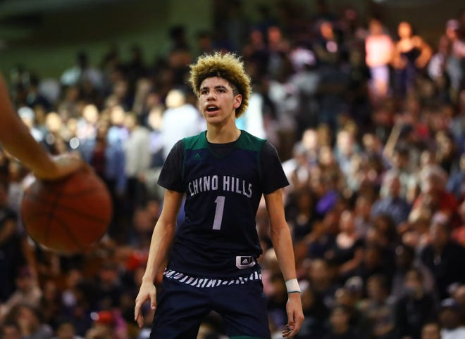 LaMelo Ball (1) is coming to Arizona.