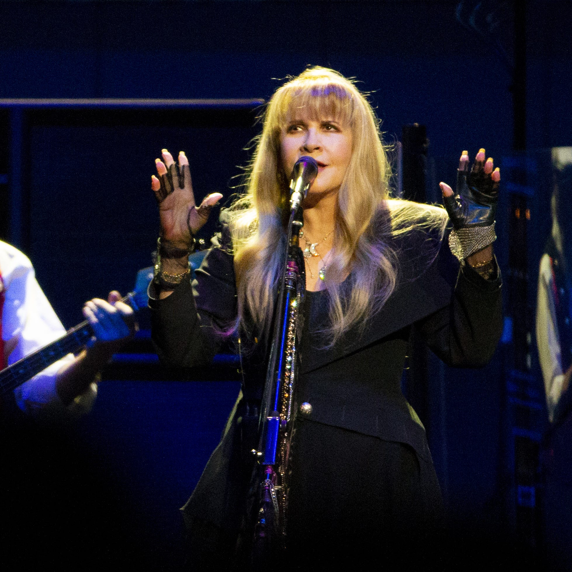 Stevie Nicks inducted to Rock and Roll Hall of Fame alongside Radiohead, the Cure