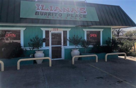 Storefront of Iliana's Burrito Place, 319 W 14 Street, Wednesday, Nov. 28, 2018.