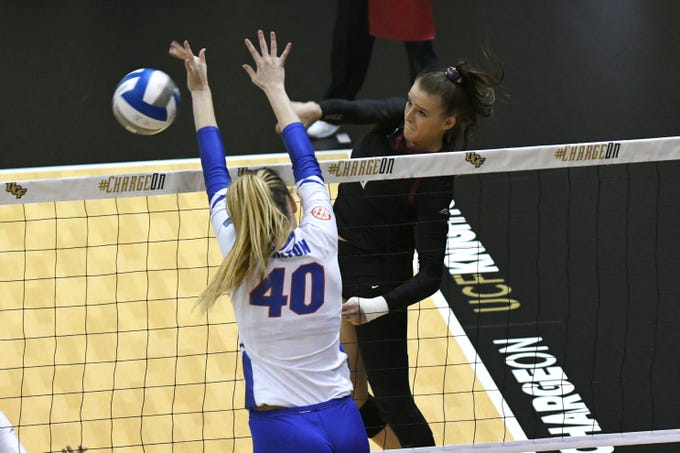 The Florida State Seminoles face off against the Florida Gators at the University of Central Florida during the NCAA Volleyball Tournament, Thursday, Nov. 29, 2018.