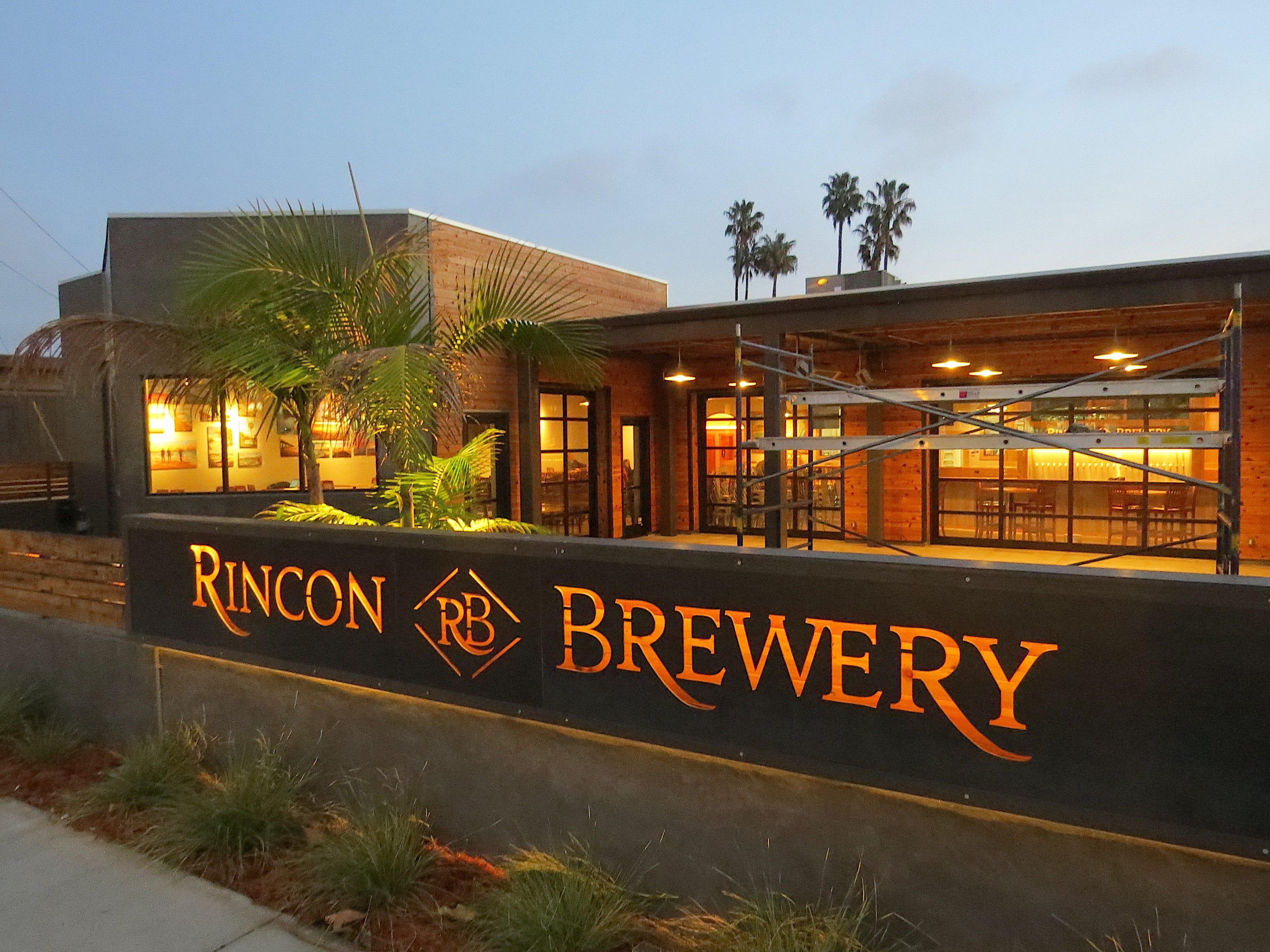 Cafe Society: Rincon Brewery prepares for east Ventura debut