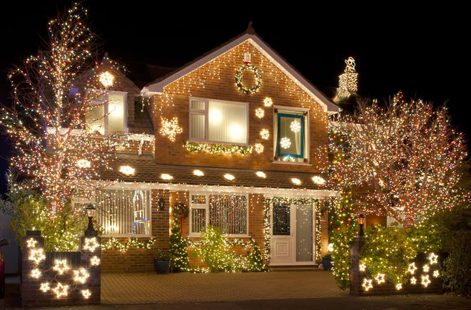The City of Vineland and the Vineland Municipal Utilities have announced plans for the 2018 David Di Giovacchino Holiday Lighting Contest for Vineland residents.