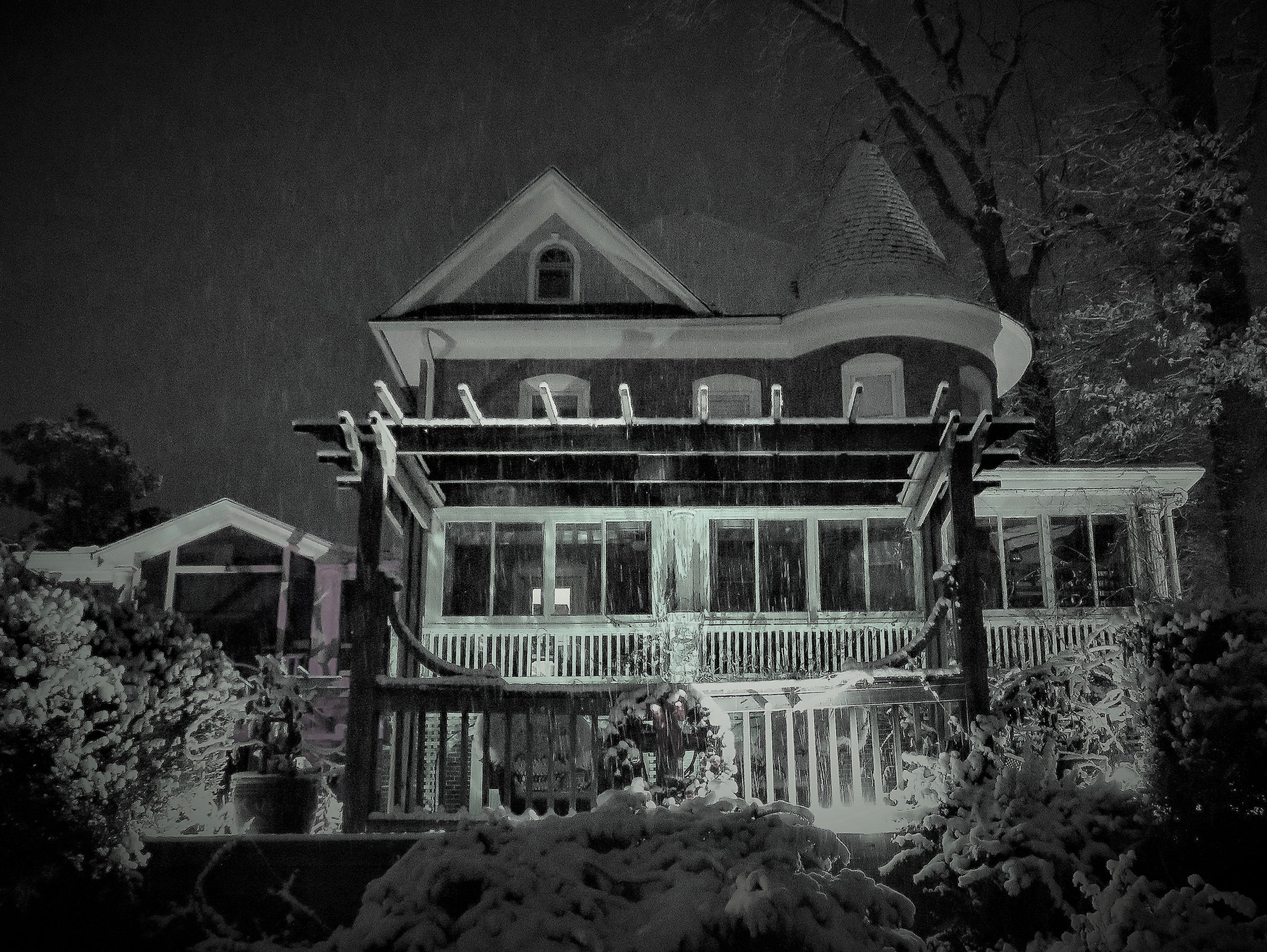 The  unique historic home of Libby Zando and Bob Zando Blayney will be on the Milton holiday house tour.