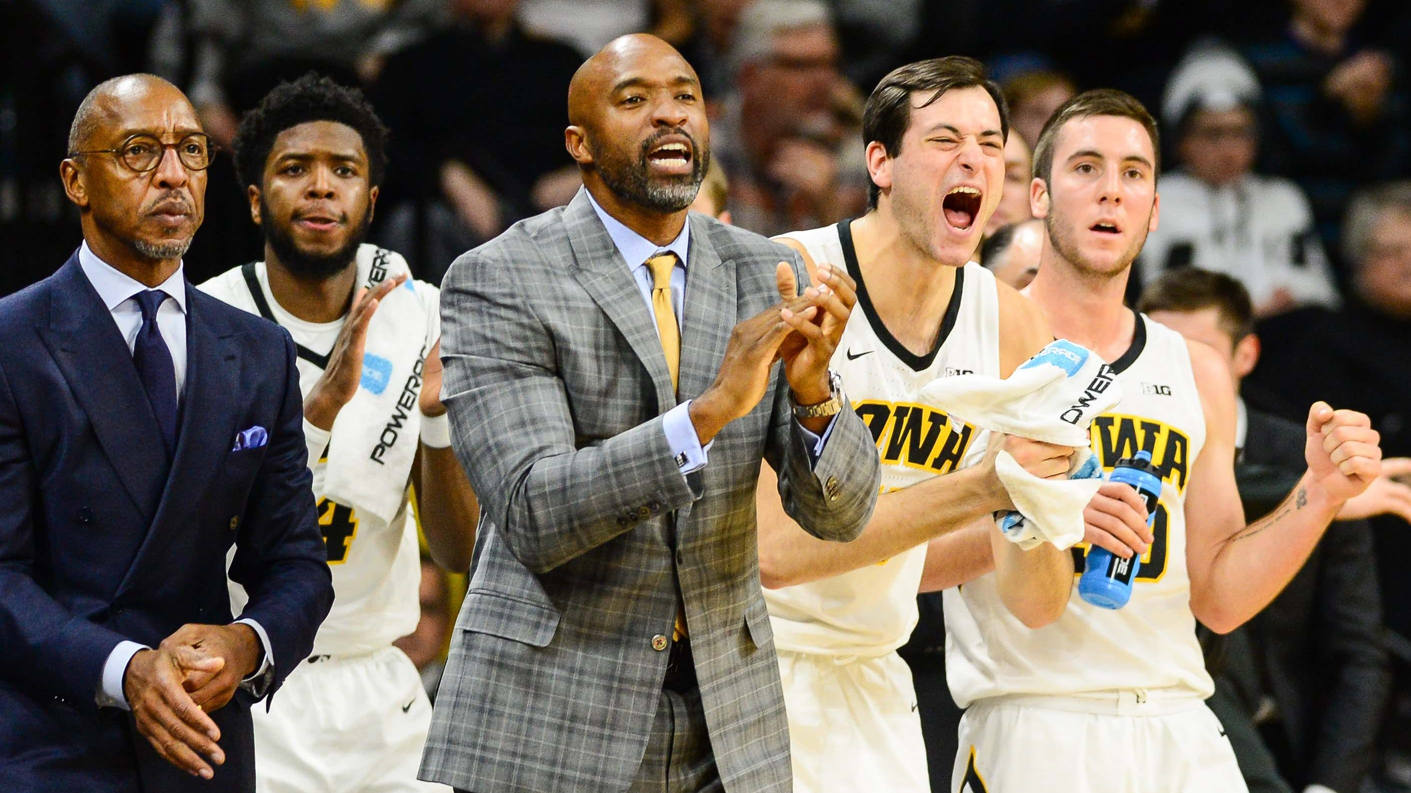 iowa hawkeyes broadcaster suspended for ripping basketball team on-air