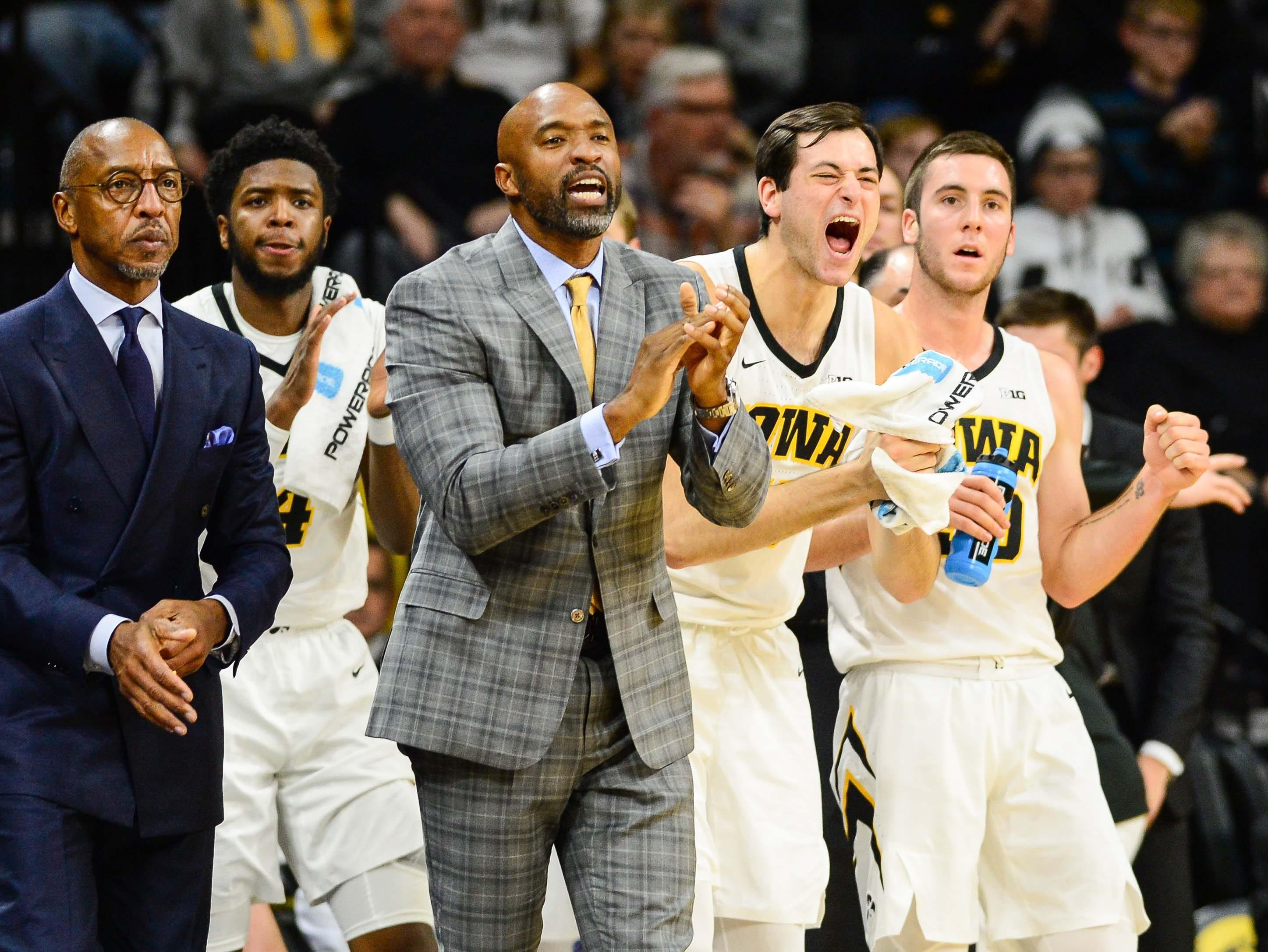 Usp Ncaa Basketball Pittsburgh At Iowa S Bkc Iow Pit Usa Ia