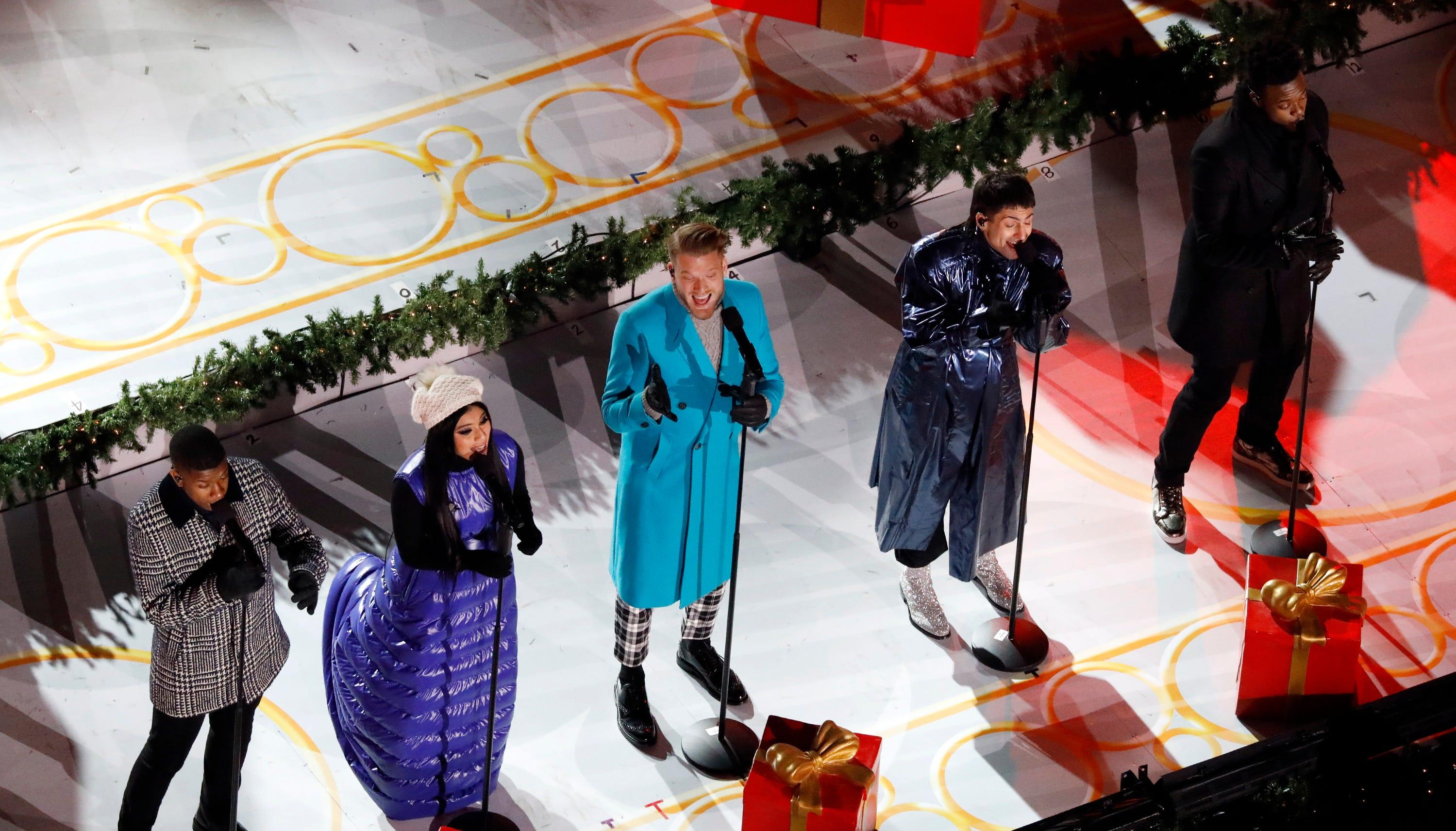 Rockefeller Center Christmas tree lighting Tony Bennett s odd moment
