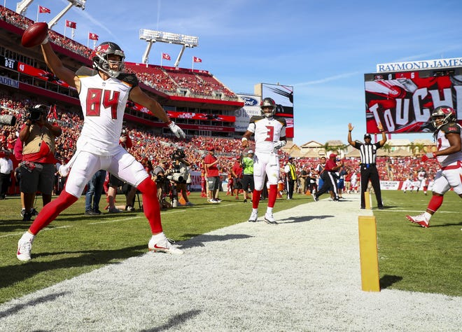 The smallest home crowd in years witnessed the Buccaneers end a four-game losing streak.