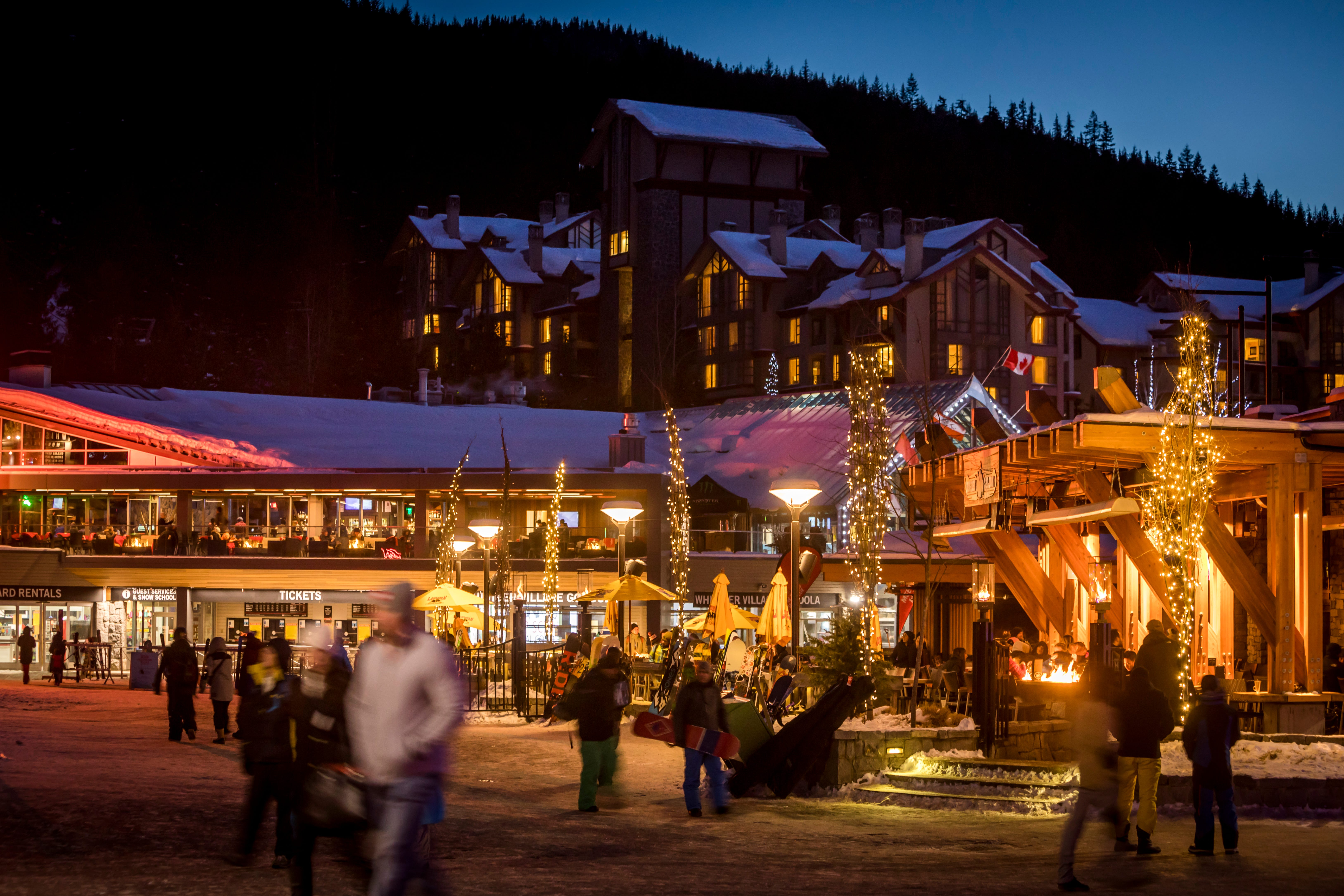 Nightlife is immeasurable in Whistler Village, with lots of bars, restaurants and shops, all simply accessed on foot.