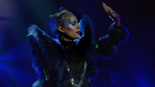 Natalie Portman goes full pop star in 'Vox Lux' trailer