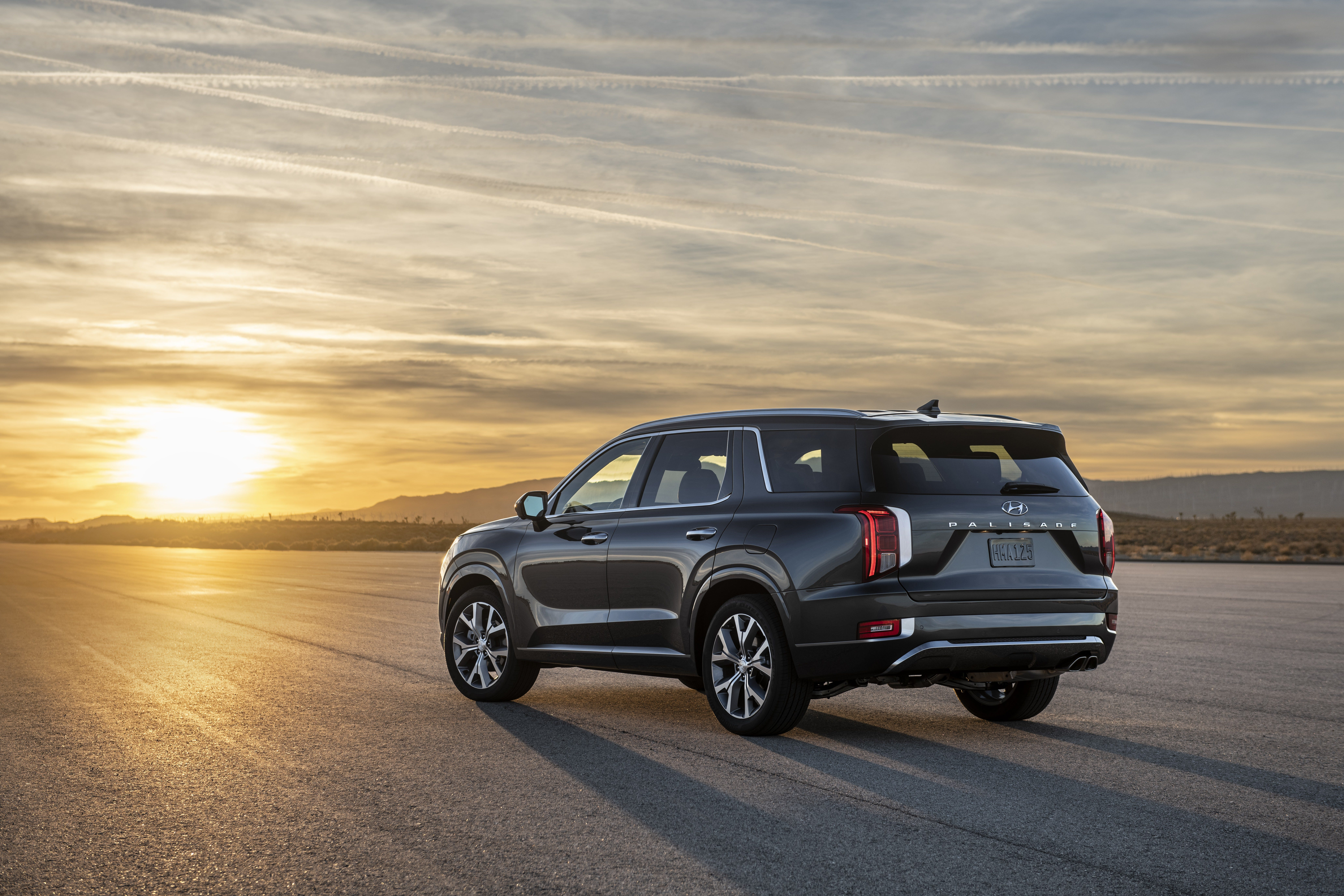 8 Seat Suv >> La Auto Show Hyundai Palisade 3 Row Suv Makes Global Debut