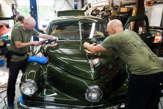 Bob Doug Cunningham Polishing Tucker 44