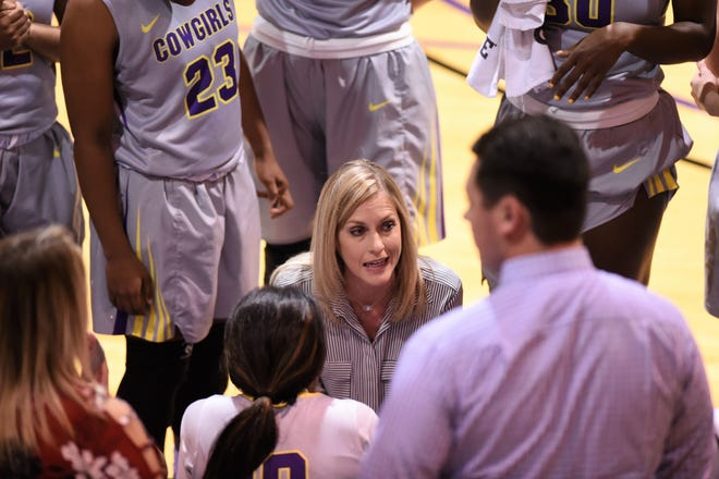 Hardin-Simmons coach Kendra Hassell talks to her team during a timeout against Louisiana College on Thursday, Nov. 29, 2018. The Cowgirls won 79-60.