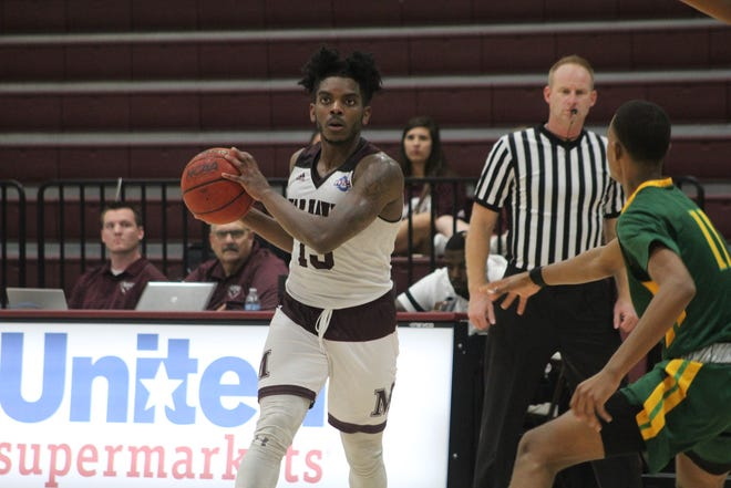 Zacc Carter scored a game-high 35 points  during McMurry's 104-100 double overtime victory over Belhaven Thursday, Nov. 29, 2018.
