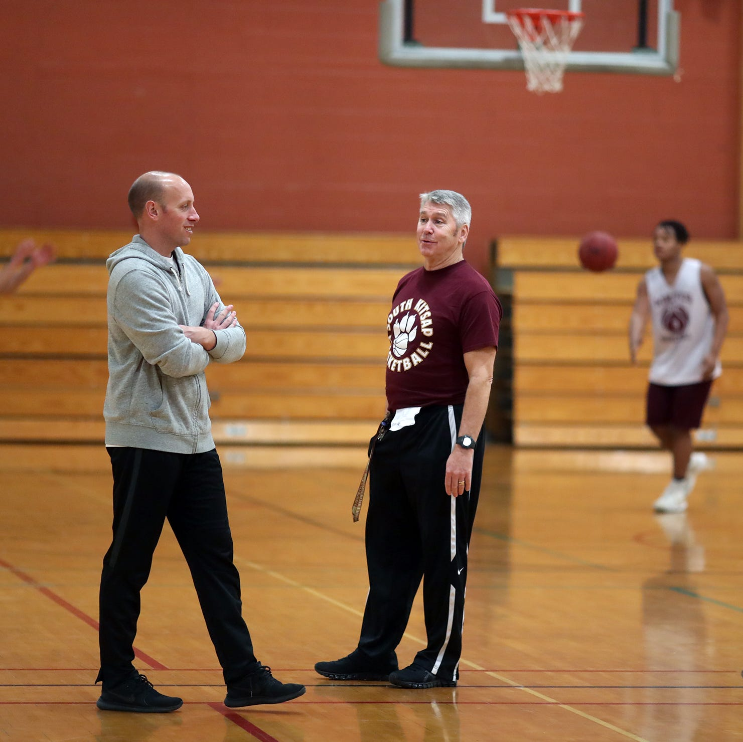 West Sound Report: South Kitsap, Kingston hire boys basketball coaches