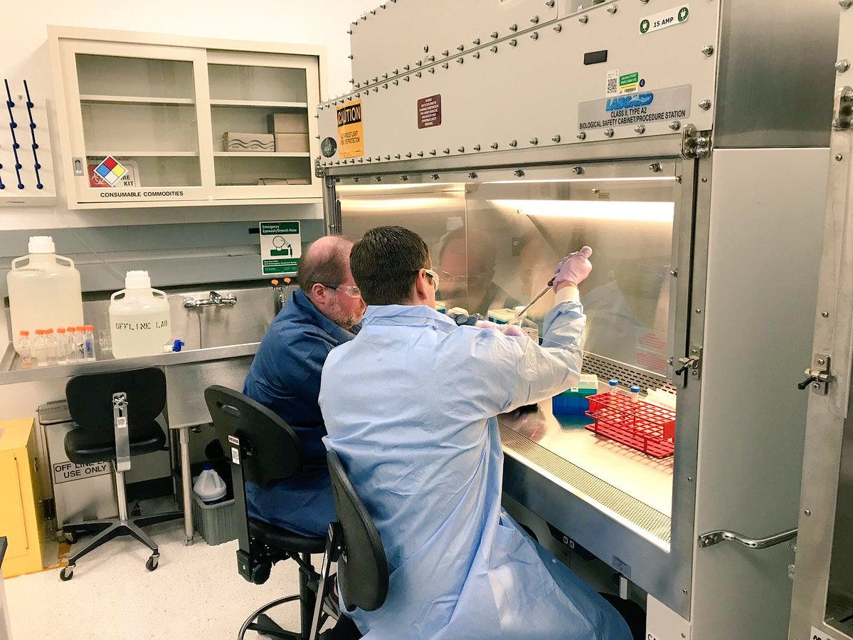 Principal Investigators, Nate Szewczyk and Time Etheridge study C. elegan worms which will be flown on Dec. 4 to the International Space Station onboard SpaceX's Dragon cargo mission to study spaceflight-induced muscle loss.