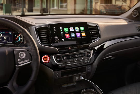 The 2019 Honda Passport's audio controls lack a tuning dial.