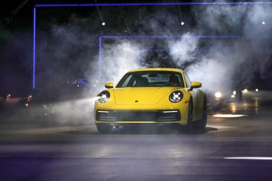 2020 Porsche 911 debuts at Los Angeles auto show