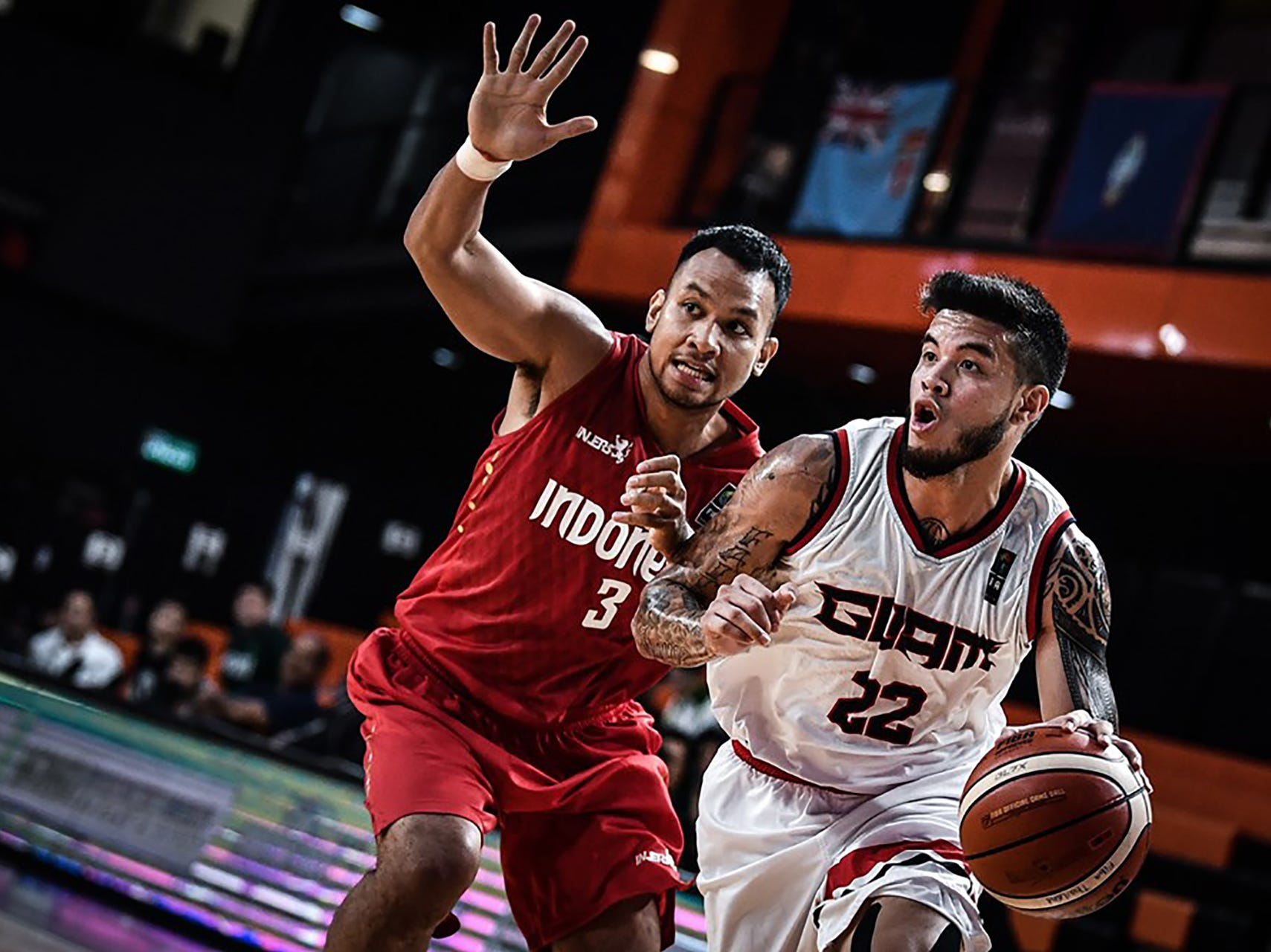 Daren Hechanova looks for an opening against Indonesia Thursday night in the FIBA Asia Cup 2021 Pre-Qualifiers.