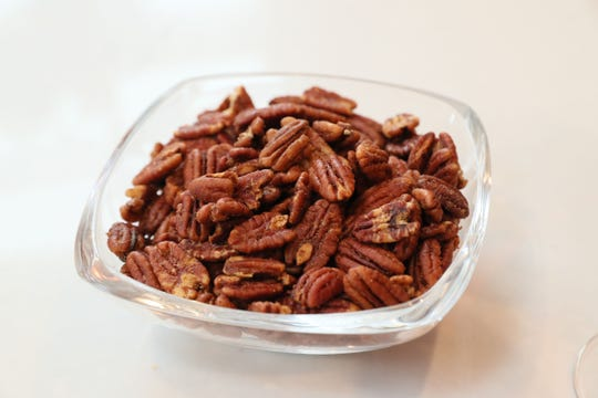 Spicy Cocktail Pecans are hard-to-resist munchies.