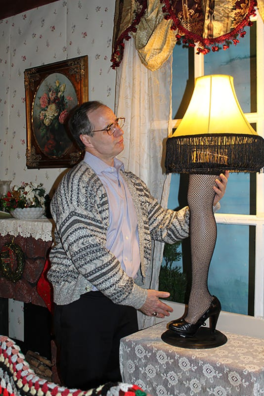 Christmas Story The Old Man And The Leg Lamp