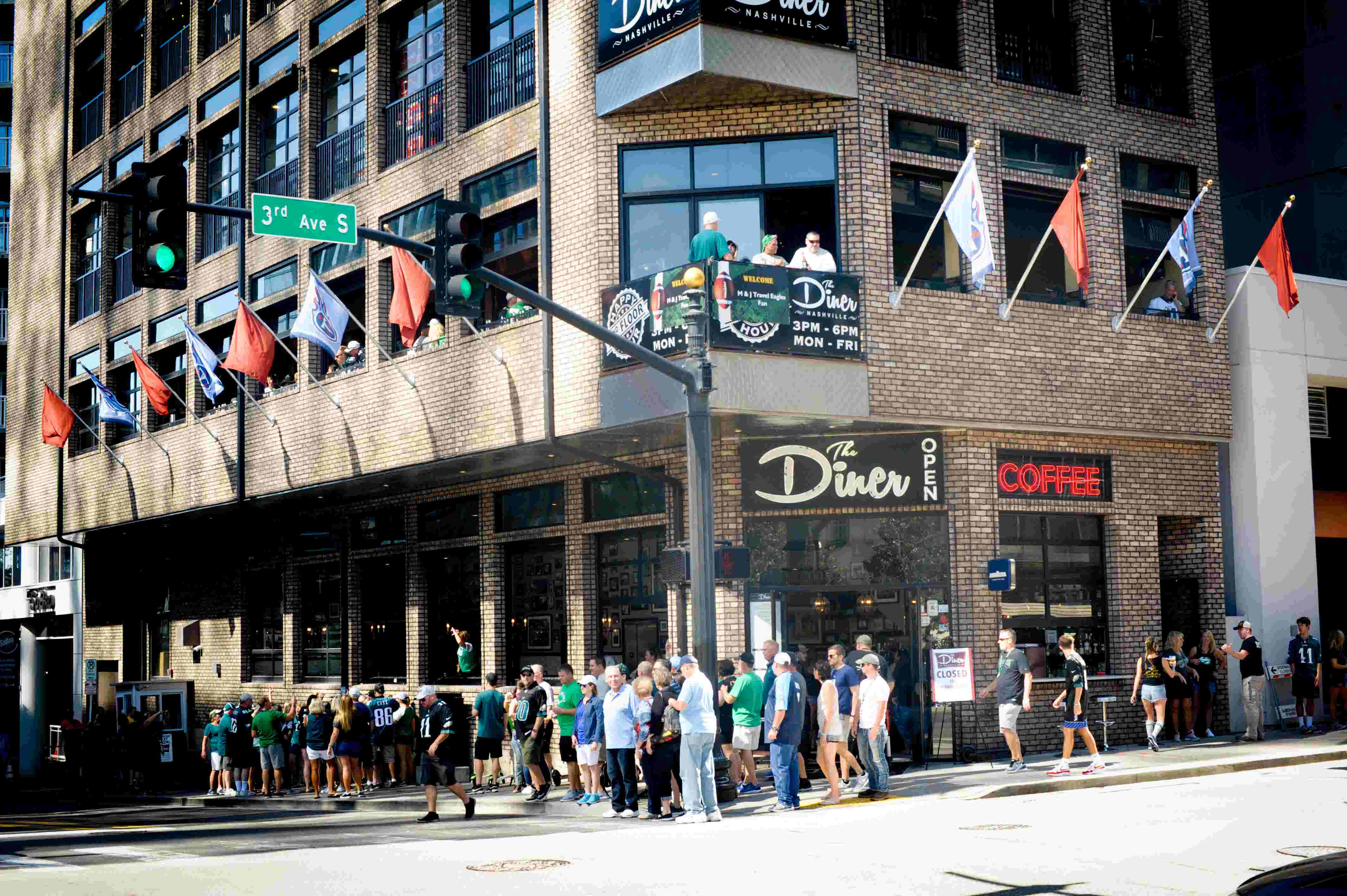 Nashville Bars Restaurants Offer Enticing Specials During Super Bowl 2019