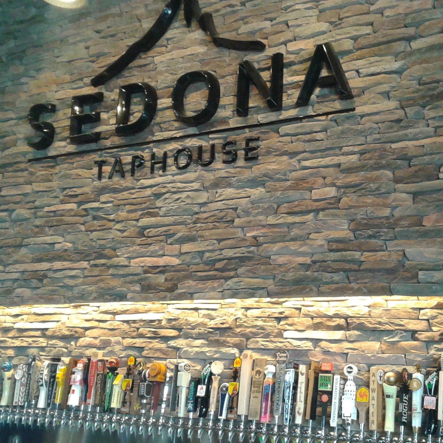 Sedona Taphouse to open in Novi in early 2019