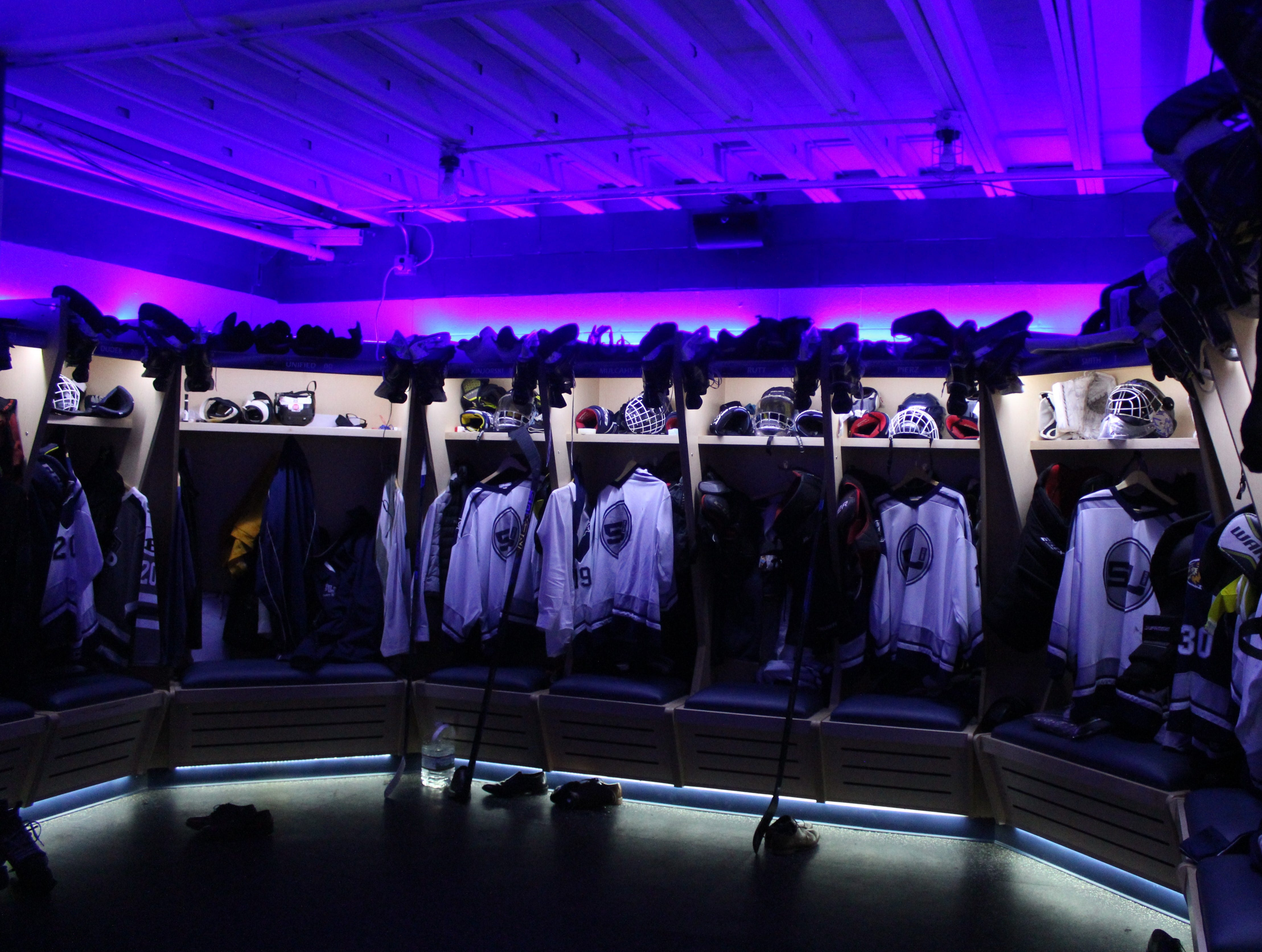 A spectacular LED lighting display system adds to the 'cool' atmosphere of South Lyon Unified's new locker room at the Kensington Valley Ice House.