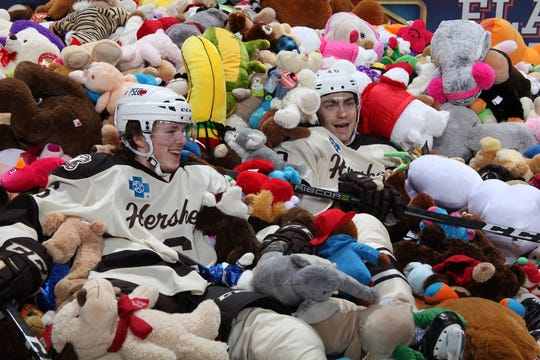 Over 25,000 stuffed animals covered the ice at the 2017 Hershey Bears teddy bear drop.