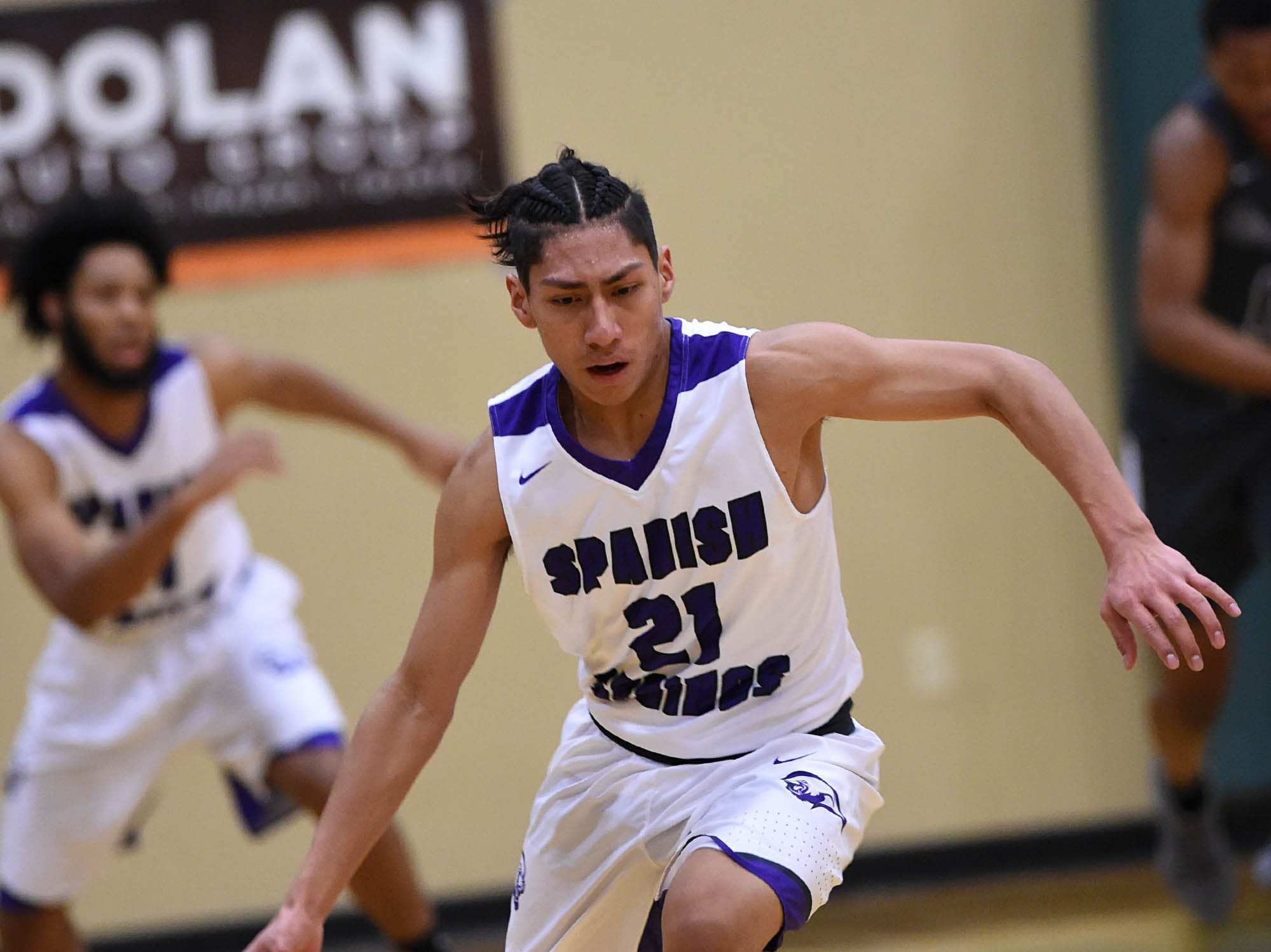 Spanish Springs goes up against  Birmingham high in the first game of the 2018 Wild West Shootout.