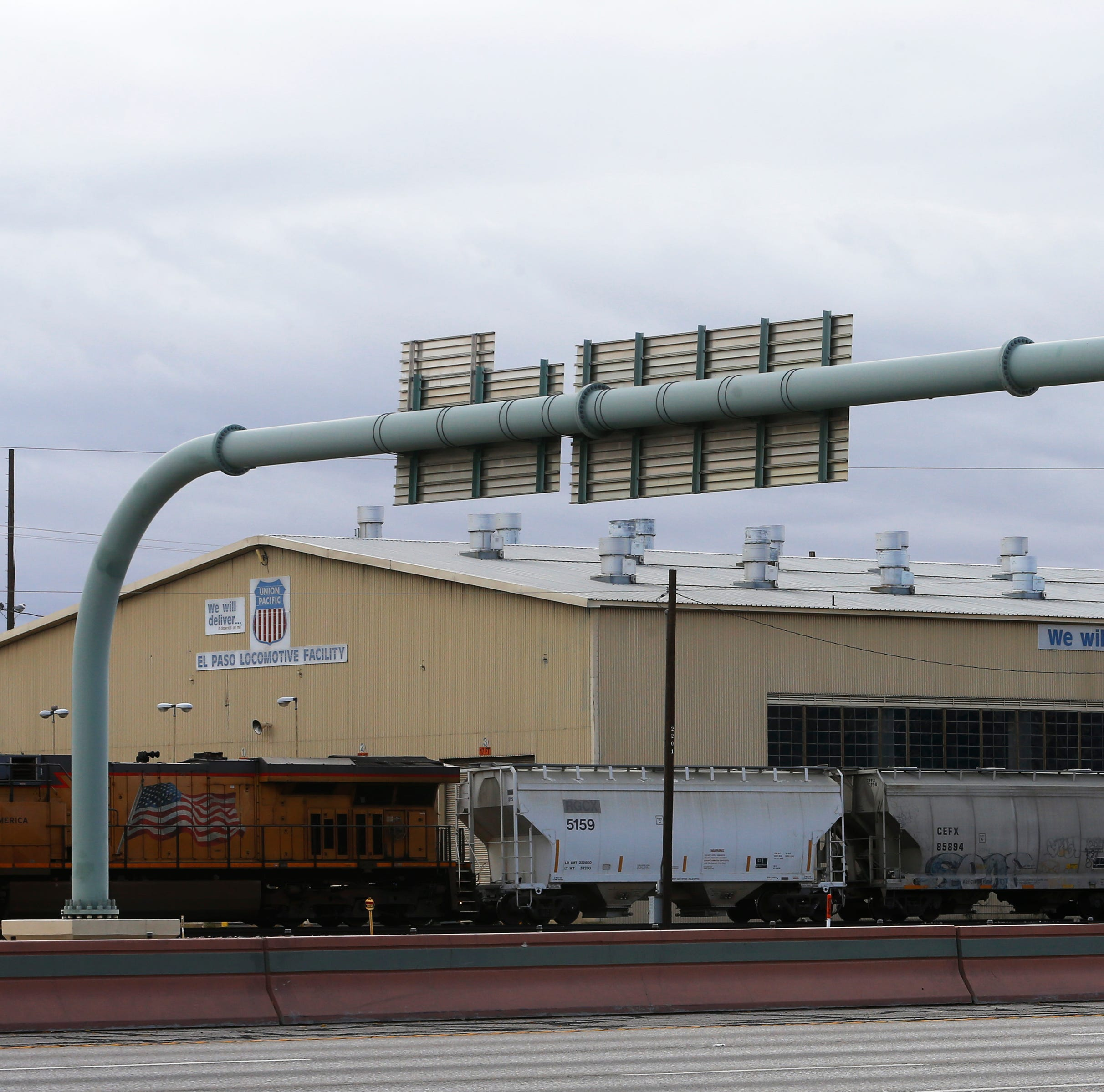 Union Pacific closes Downtown El Paso locomotive repair shop, lays off workers
