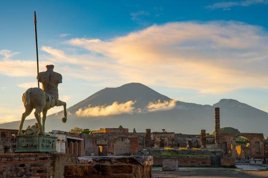 Mt Vesuvius And Pompeii