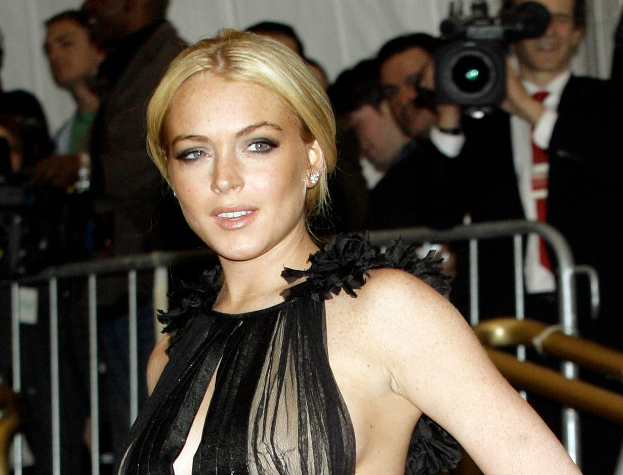 Lindsay Lohan arrives at the Metropolitan Museum of Art Costume Institute Gala in New York, Monday, May, 7, 2007. ( AP Photo/Stuart Ramson)  ORG XMIT: NYSR121