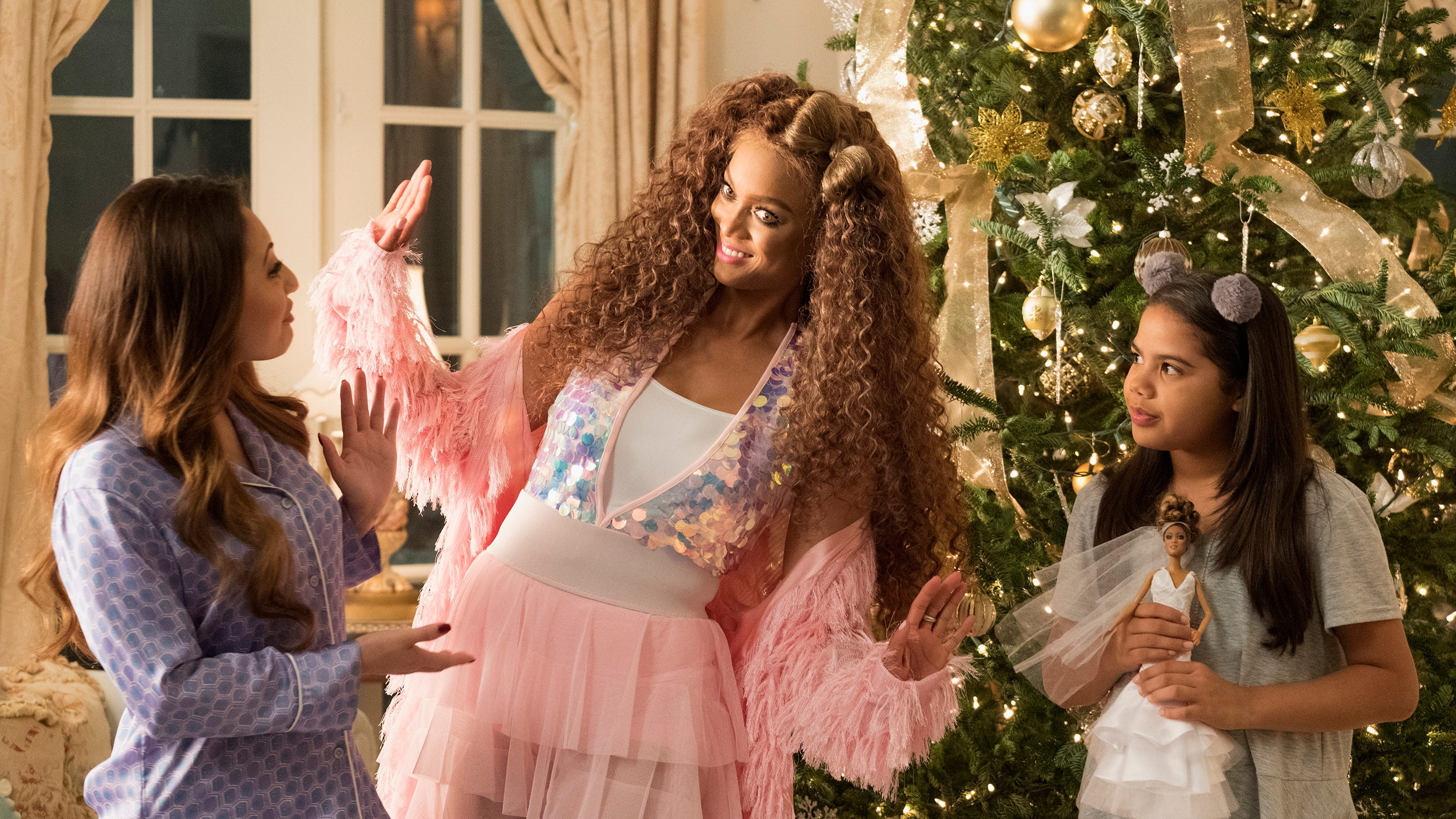 Life Size 2 A Christmas Eve Tyra Banks Sequel Is Totally Bonkers