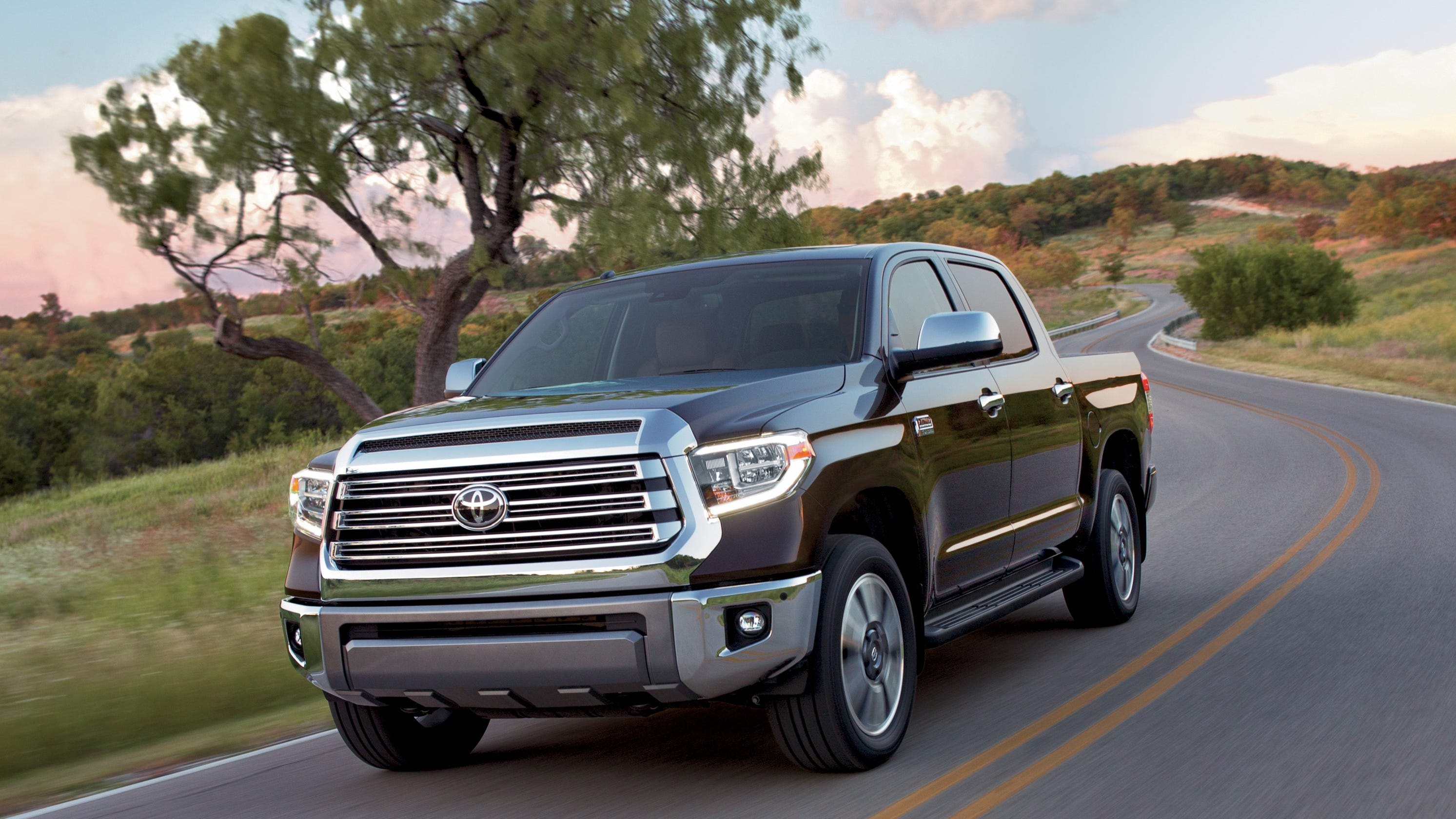 Iihs Report Pickup Truck Passengers At Higher Risk Of Injury Or Death