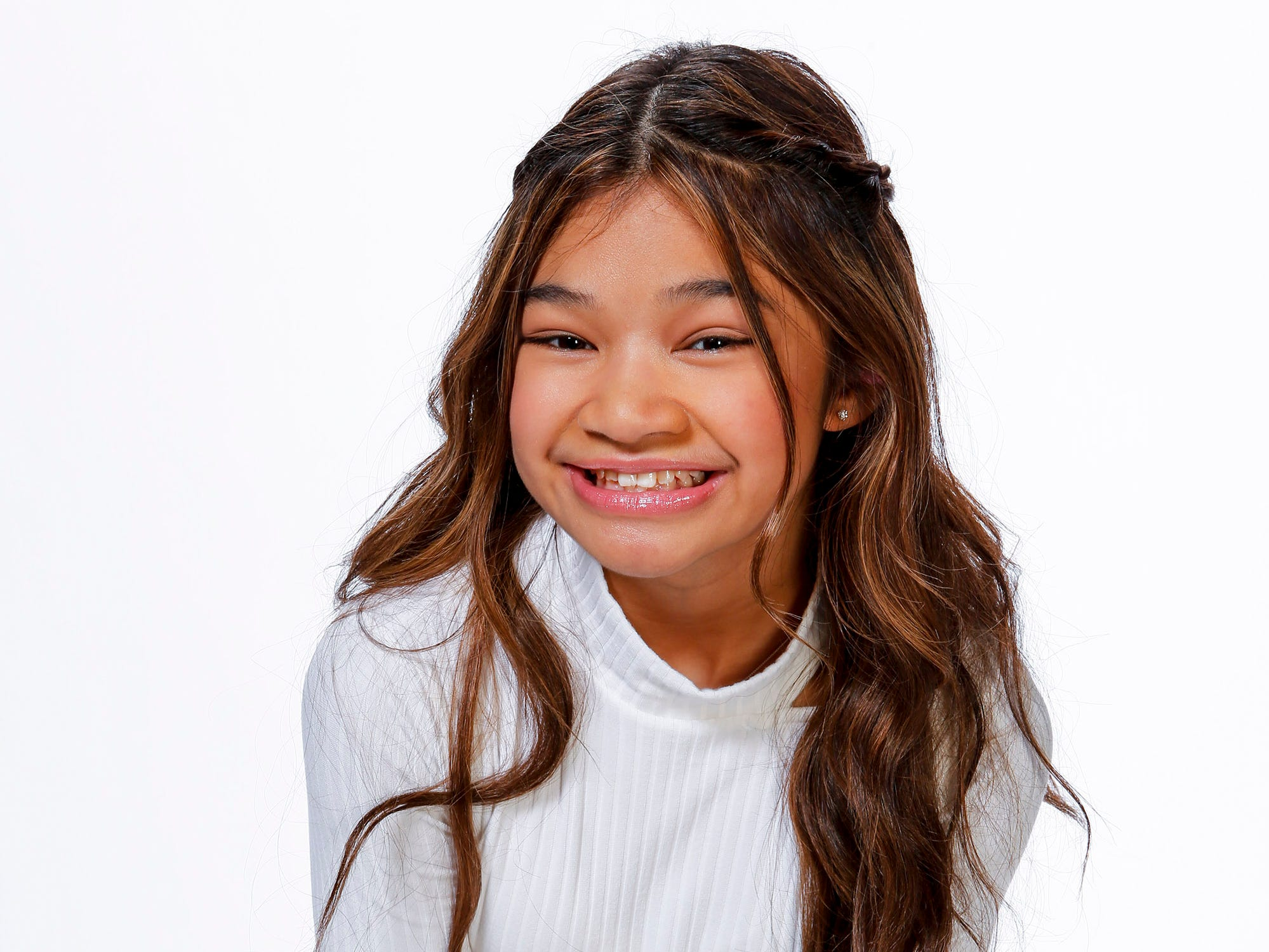'AGT: The Champions': Transplant survivor Angelica Hale's 'Fight Song' earns Golden Buzzer