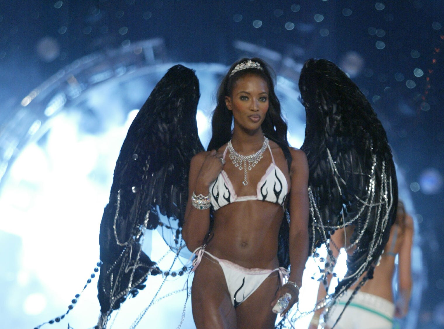 11/13/03 -- NEW YORK, NY -- VICTORIA'S SECRET FASHION SHOW -- Victoria's Secret supermodel Naomi Campbell on the runway during the  Victoria's Secret Fashion Show held at the Lexington Avenue Armory in New York City.   Photo by Eileen Blass, USA TODAY ORG XMIT: VICTORIA 19 EB547