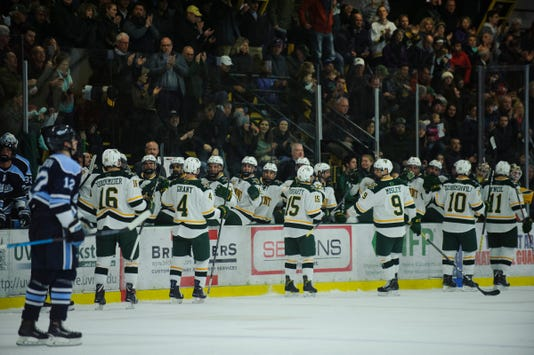 Maine Vs Vermont Men S Hockey 11 30 18