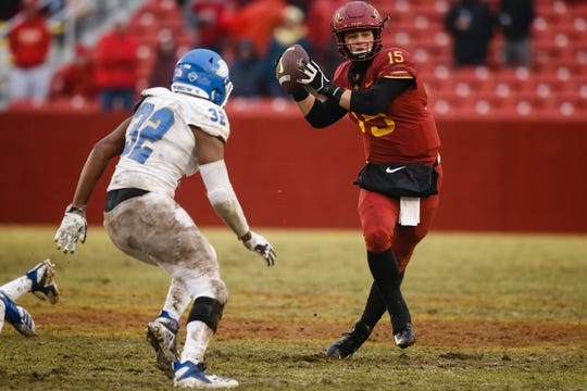 Iowa State's Brock Purdy (15) looks for a pass during their football game against Drake at Jack Trice Stadium on Saturday, Dec. 1, 2018, in Ames.
