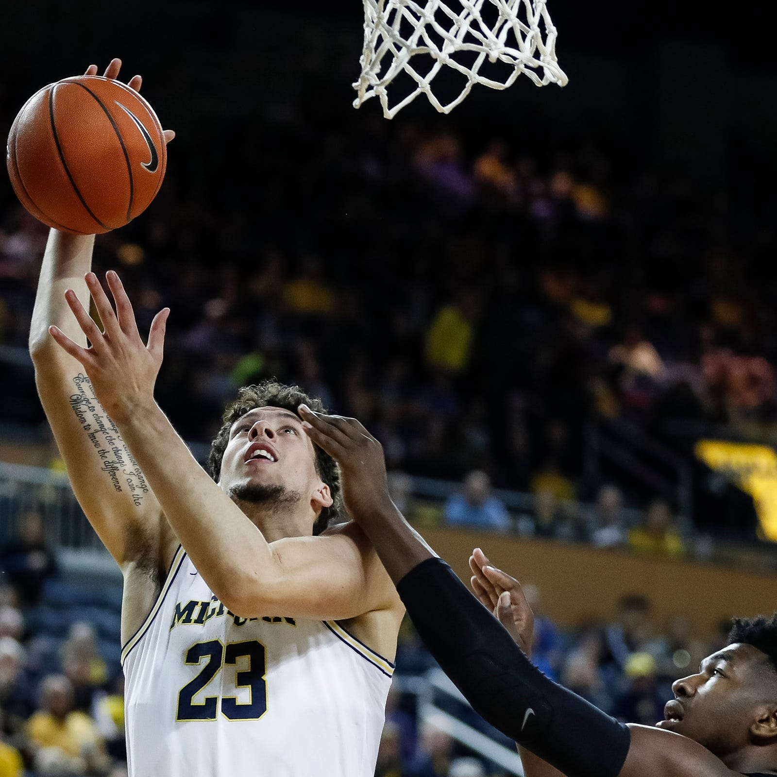 Michigan basketball: Brandon Johns improving; can he crack rotation?