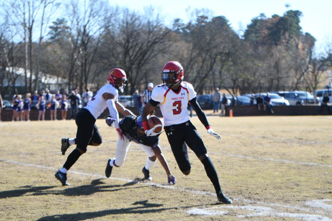 Ferris State's Keyondre Craig scampers for a 42-yard run in Saturday's Division II quarterfinal victory.