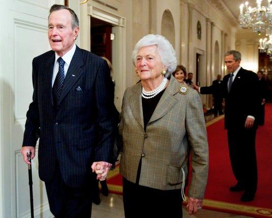 George W Bush George H W Bush Barbara Bush