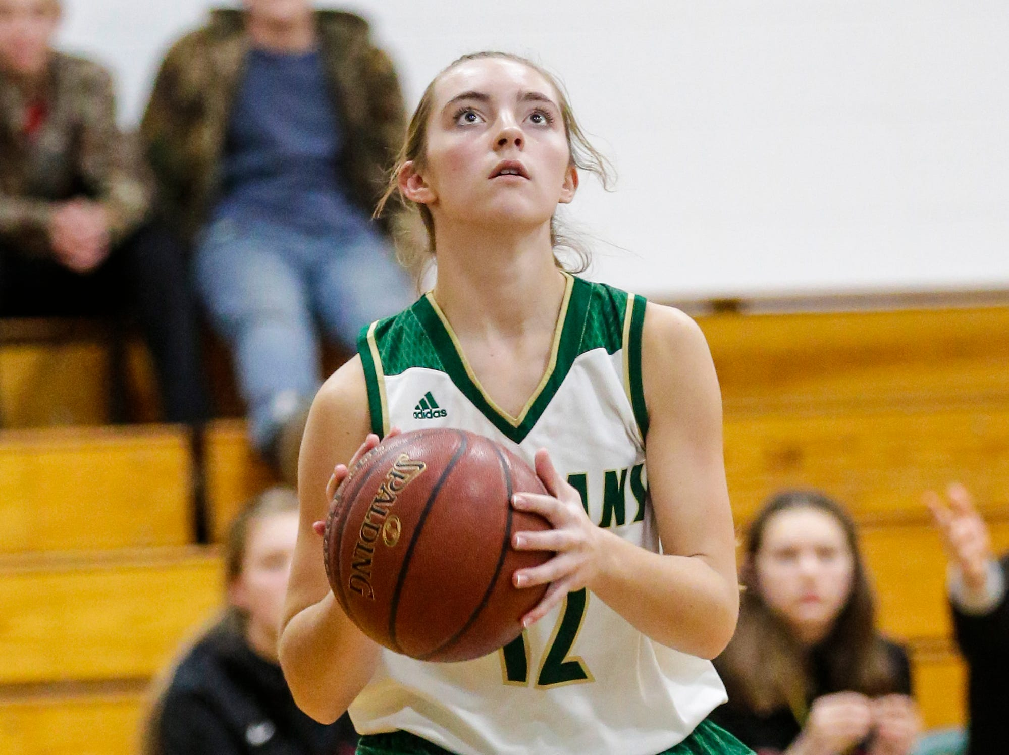 Laconia High School girls basketball's Lexy Smit attempts a basket against Mayville High School during their game Friday, November 30, 2018 in Rosendale. Doug Raflik/USA TODAY NETWORK-Wisconsin