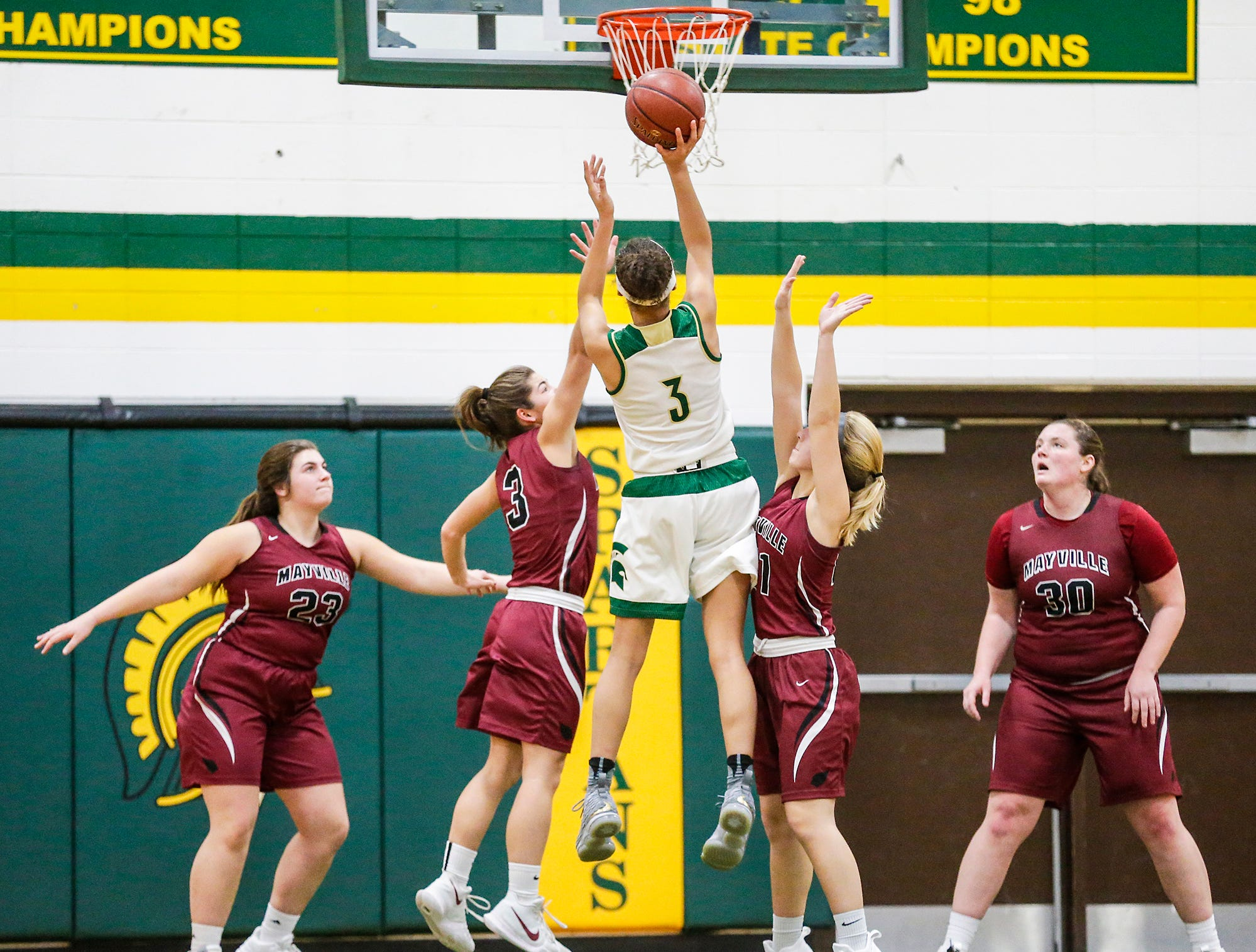 Laconia High School girls basketball's Kiarra Otto goes up for a basket against Mayville High School during their game Friday, November 30, 2018 in Rosendale. Doug Raflik/USA TODAY NETWORK-Wisconsin