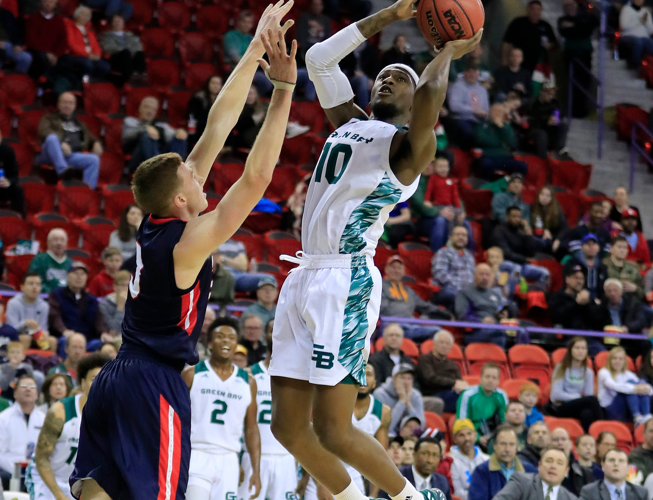 Green Bay Phoenix forward Shanquan Hemphill (10) shoots against the Belmont Bruins in a NCAA basketball game at the Resch Center on Saturday, December 1, 2018 in Ashwaubenon, Wis.
