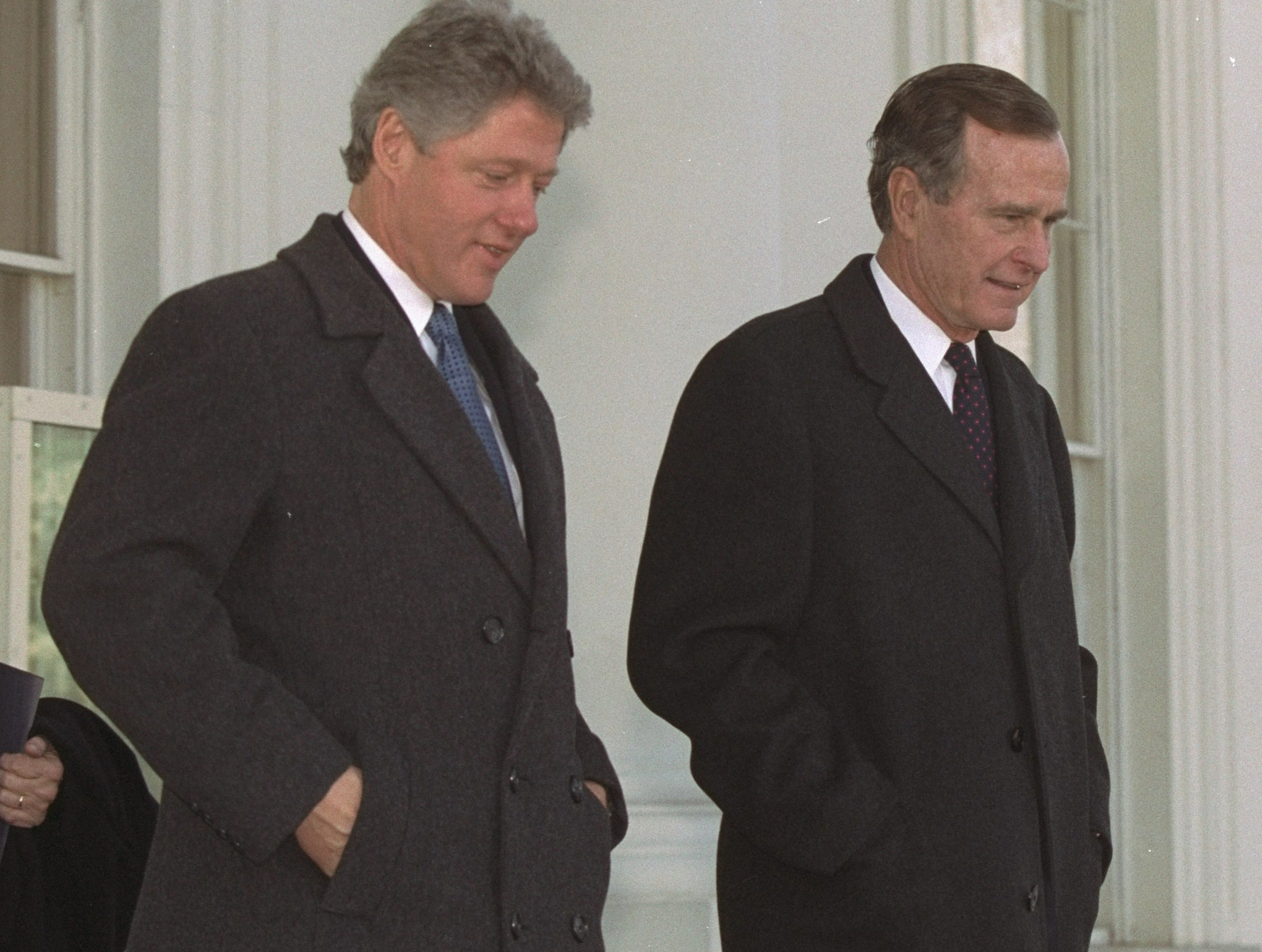 President Bush, along with President-elect Clinton, leaves the White House for the last time as President Wednesday, January 20, 1993.  The two left for Capitol Hill and the swearing in of Clinton as the 42nd President of the United States.  (AP Photo/Doug Mills)